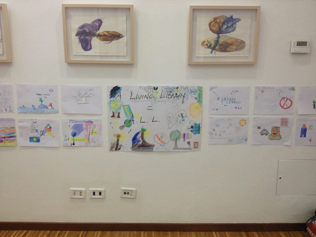 The artworks of children displayed at the Carte Scoperte Art Gallery